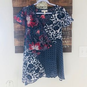 Jessica Simpson maternity blouse size small
